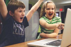 El Éxito de los Niños youtubers, o como Vivir de Internet con 5 Años de Edad