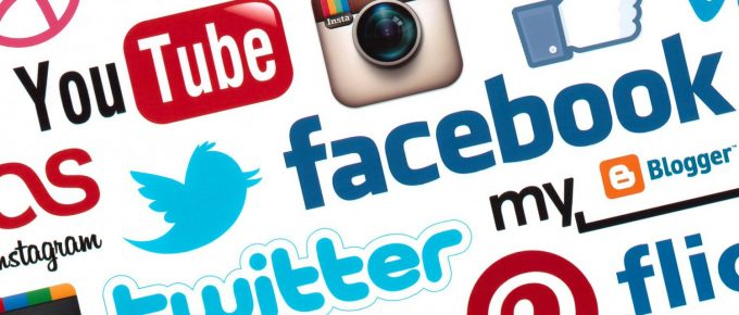 Redes sociales. Ventajas y Desventajas para Profesionales y Usuarios